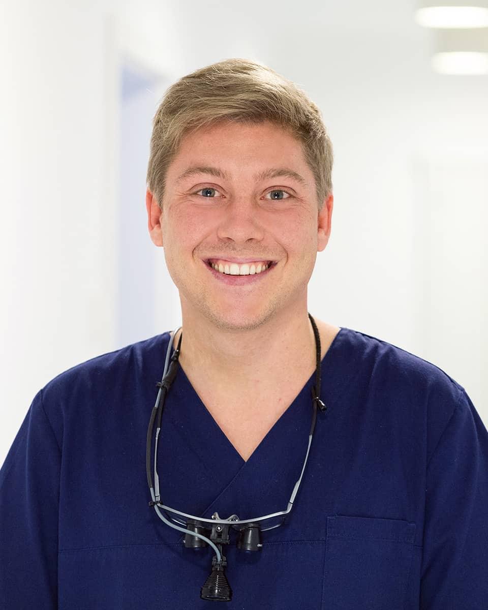 dr-med-dent-kai-seinige-zahnarzt-Ettlingen